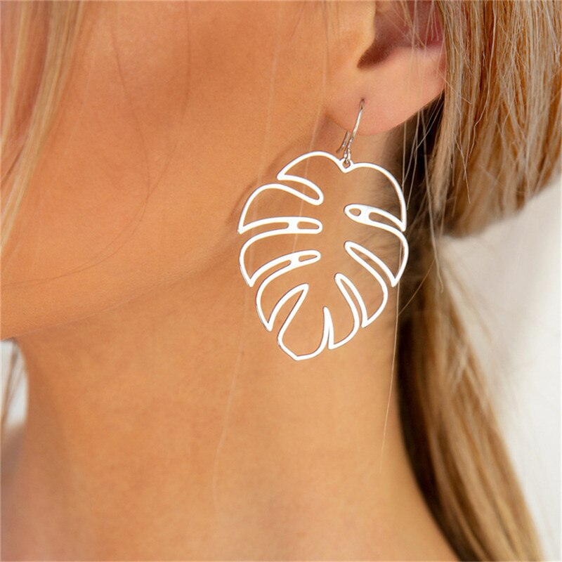 Leaf Women Drop Earrings Fashion Statement Big Vintage Geometric Long Hollow Metal Earring Jewelry Female Earring Pendant